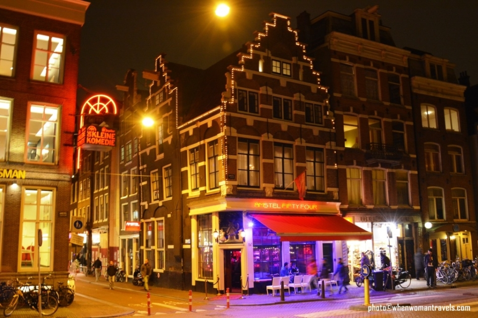 Amsterdam_by_night