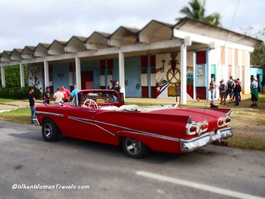 Olympus Stylus 1-effects-Photos of American cars in Cuba