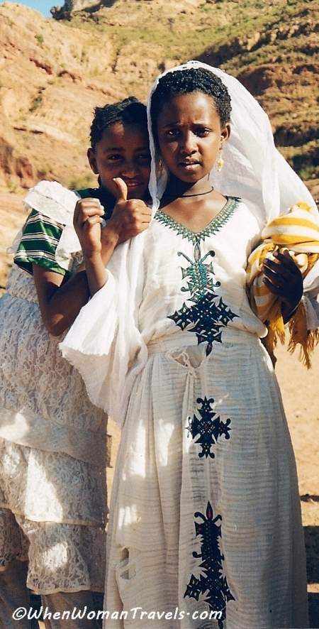 Tigray_traditional_clothes_Ethiopia_pictures